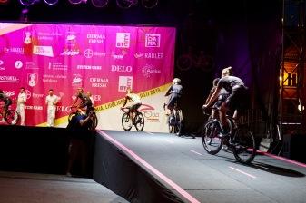 Quite the Team Presentation for the 2015 Giro Rosa