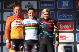 Tiffany claims 3rd in the Omloop het Nieuwsblad. ©Rapha