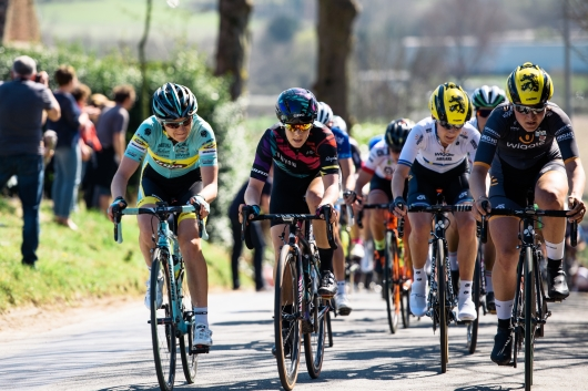 Tiffany Cromwell (CANYON//SRAM Racing) on Kanarieberg - Women's Ronde van Vlaanderen 2016 ©Velofocus