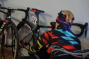Tiffany preparing for training in Tuscany. ©WMNCycling