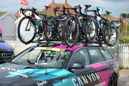 The team car loaded with Canyon bikes ©WMNCycling
