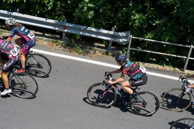 Tiffany Cromwell well positioned in the foothills of the first climb of the day at Giro Rosa 2016 - Stage 6. A 118.6 km road race from Andora to Alassio, Italy on July 7th 2016. ©Velofocus